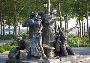 Esta estatua dedicada a la emigración se encuentra en el Battery Park de Nueva York (EEUU)