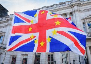 Bandera de UK y Unión Europea